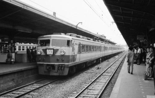 s-64.5.27大阪157系こだま
