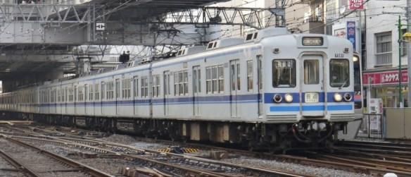 高砂駅発車
