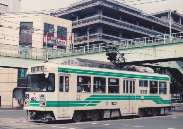1982年登場の日本最初vvvf搭載の電車
