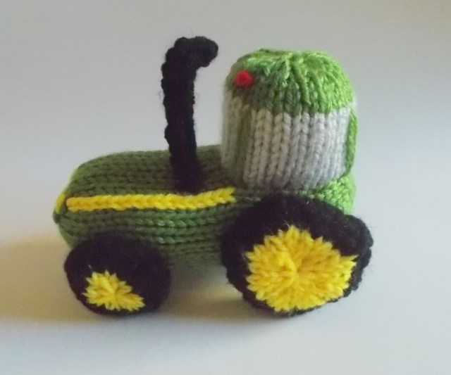 Knitted tractor