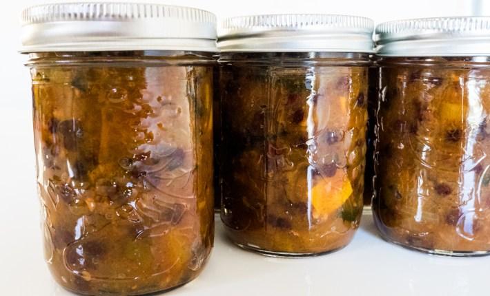 zucchini apple ginger chutney
