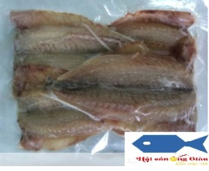 1 sun-dried croaker only cheap seafood at Mr. Giau