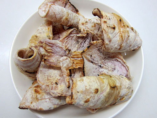 Delicious grilled dried squid