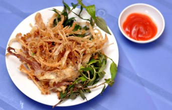 Delicious dishes are made from dried squid