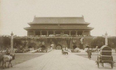 The Gate of Heavenly Peace, 1901. (Photo credit, Wikipedia)