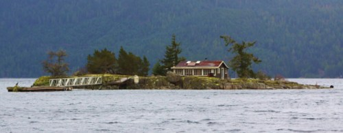 My own little country. A summer cabin in Hardy Bay from days gone by. I'm sure there are plenty of fond memories.