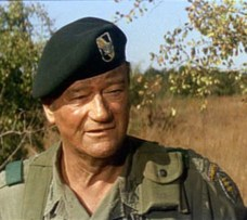 John-Wayne-in-The-Green-Berets
