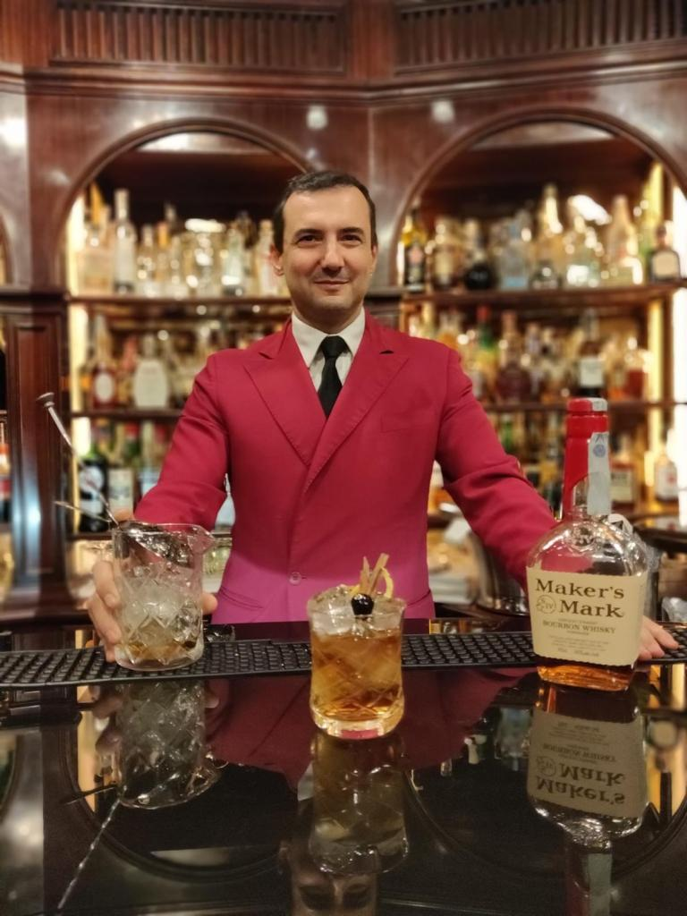 Stefano Santucci head barman dell'Hotel Hassler di Roma