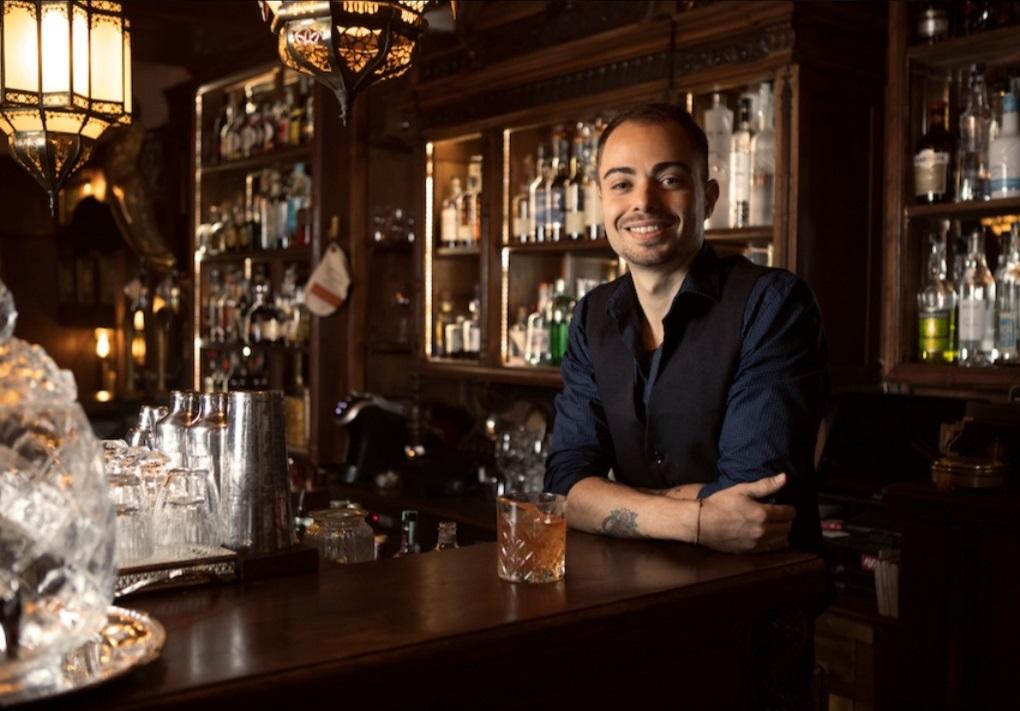 Alessio De Simone bartender Wisdomless Club di Roma