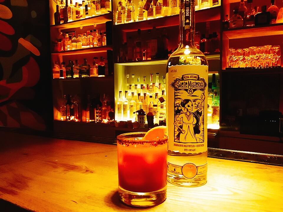 drink TITTY TWISTER di Valentina Guglielmino bartender La Punta Expendio De Agave di Roma