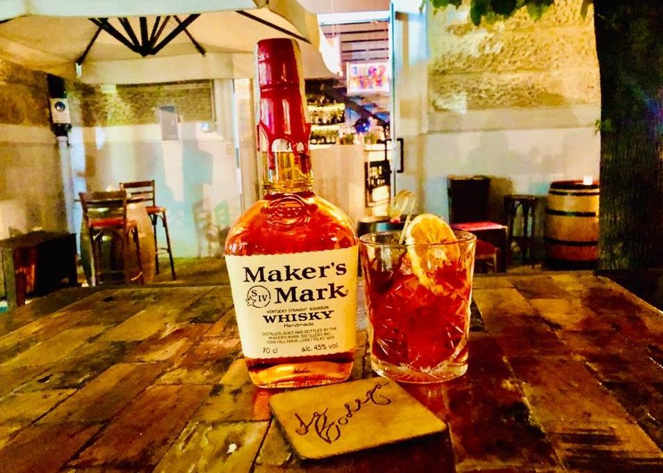 drink CALABRIAN OLD FASHIONED di Roberto Gulino bar manager del Bodega di Cosenza