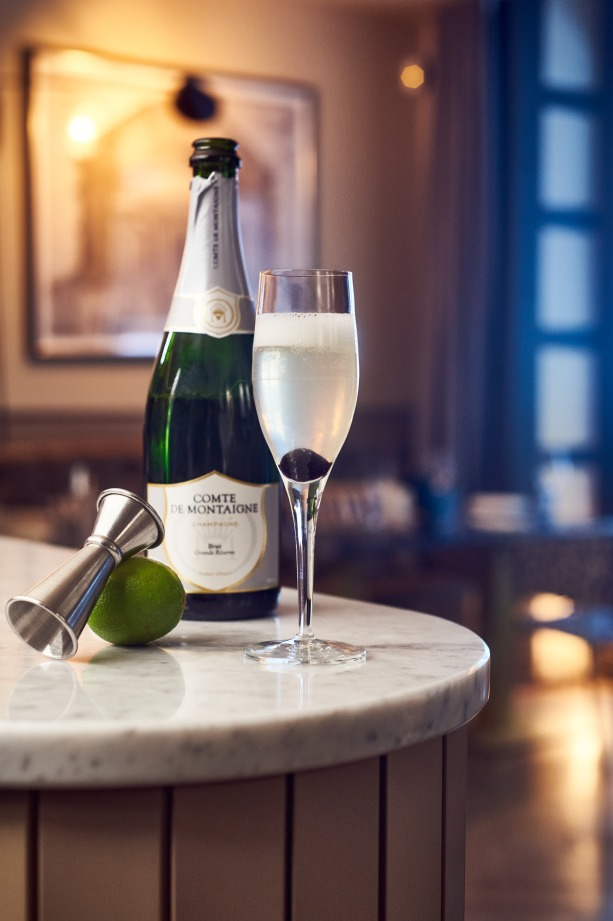 French 75 cocktail champagne