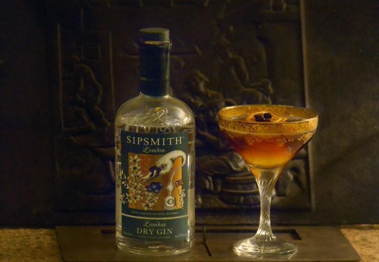 drink INVICTUS di Leandro Serra bar manager del The Duke Cocktail Lounge Bar de La Maddalena