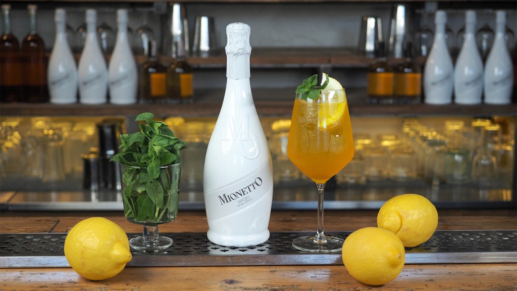 Tropic line cocktail Mionetto