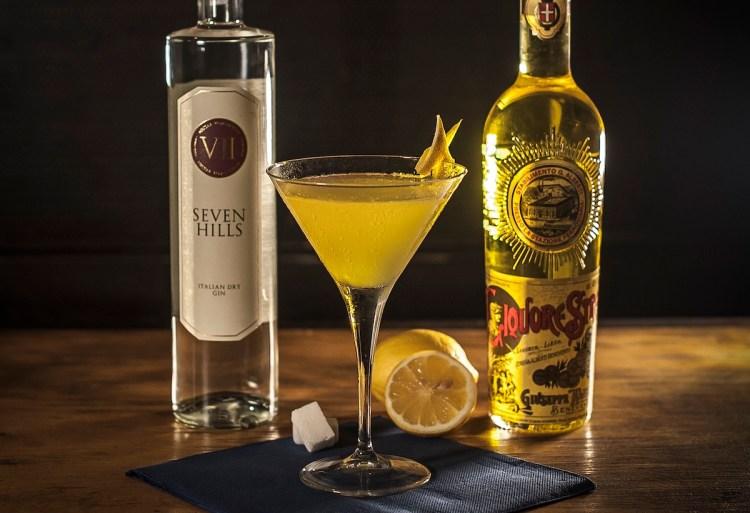 drink CHARMED di Paolo Manna, bar manager del Donna Romita Alcolici&Cucina di Napoli