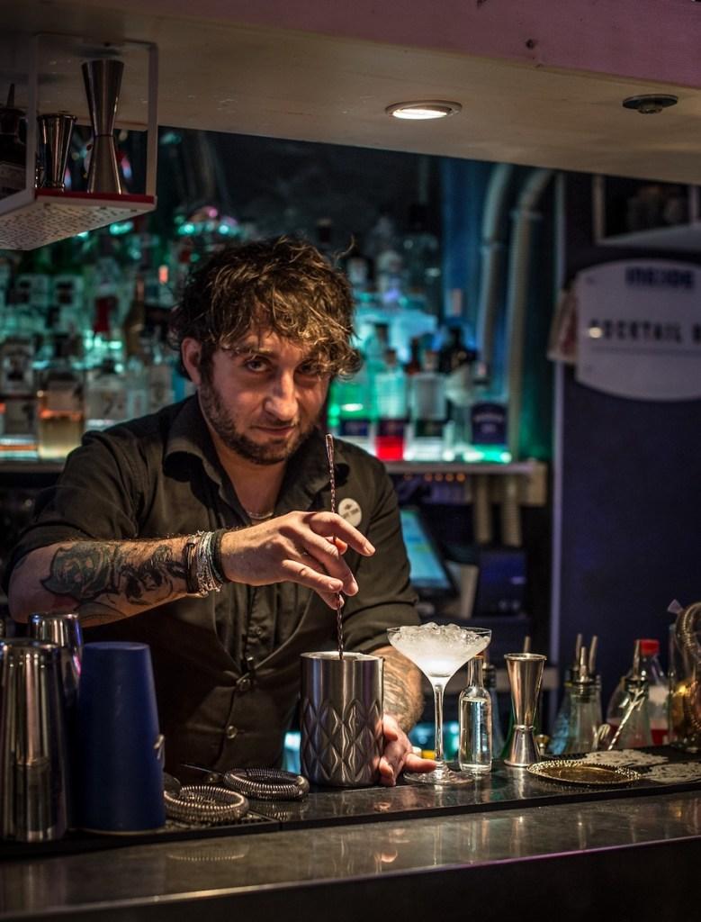 Marco Riccetti head bartender dell'Inside Restaurant & Cocktail Bar di Torino 4