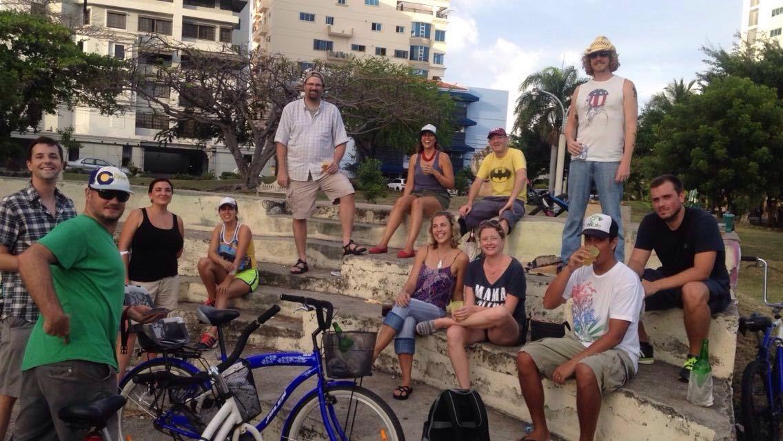 Bike Pub Crawl in Santo Domingo