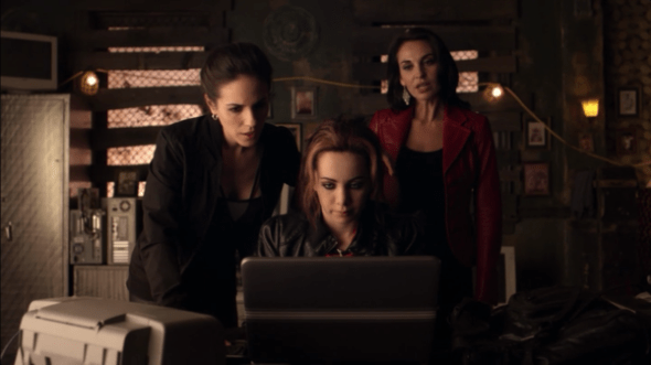 Kenzi, Bo, and Saskia in The Mourning After