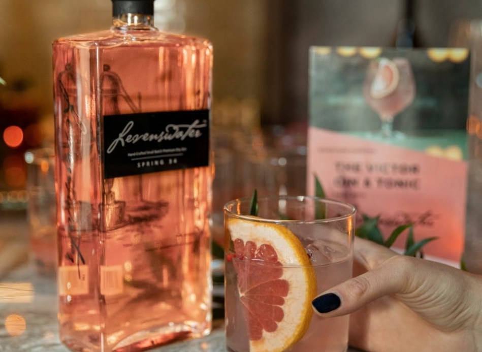 Levenswater, love and gin