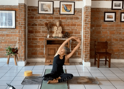 1hr Flow Yoga Intermediate – Deep Flexibility Class