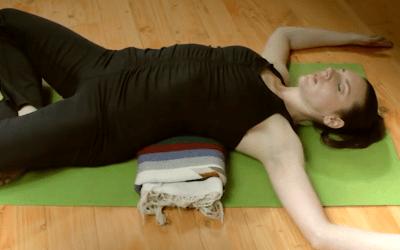 20 min Anthony  Bogart Yoga Long Life Series- (English) Tutorials.