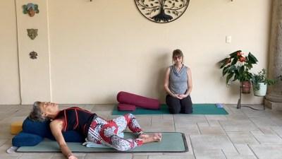 55min Pure Restorative Yoga (English)