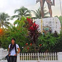 At the bronze monument of the great hero, who once defended the city of Sugbo (Cebu). A proud cebuano here :)