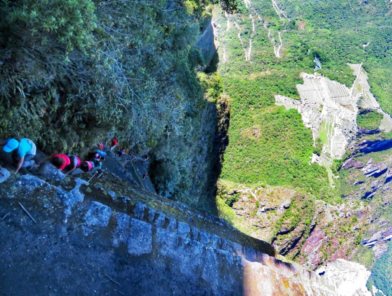 Arrampicarsi sul Huayna Picchu in Perù