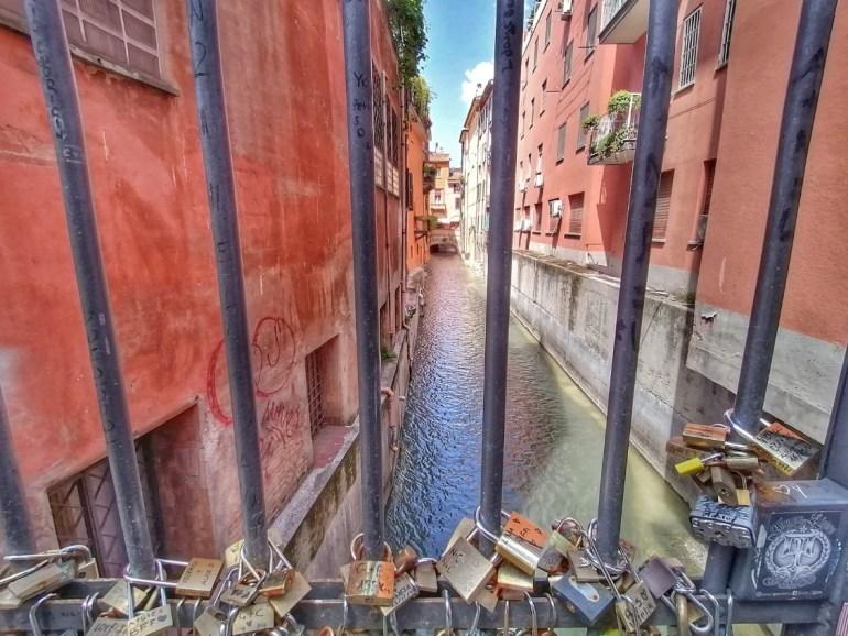 sette segreti di Bologna