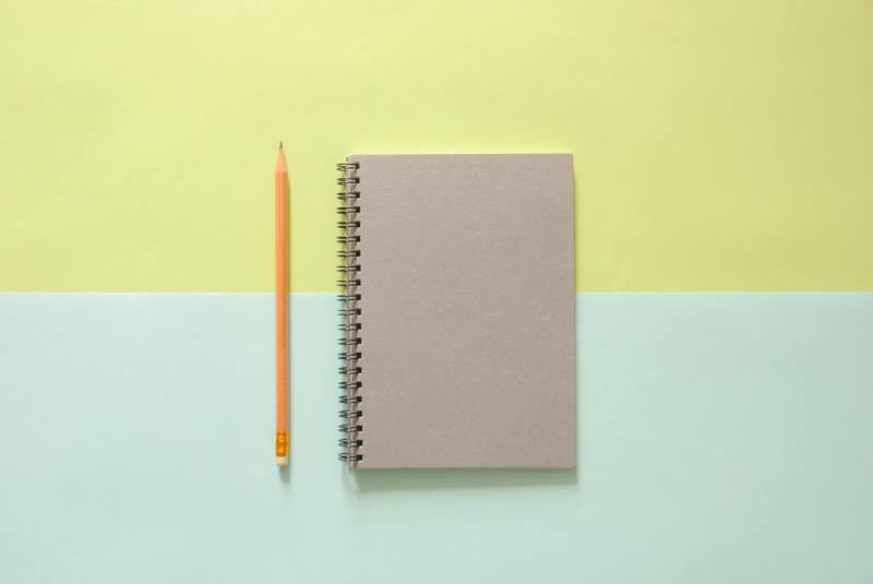 background-notebook-pencil-544115