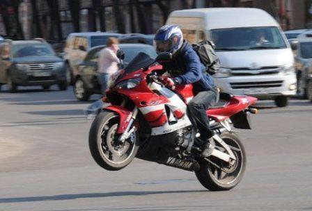 Проверили мотоциклистов