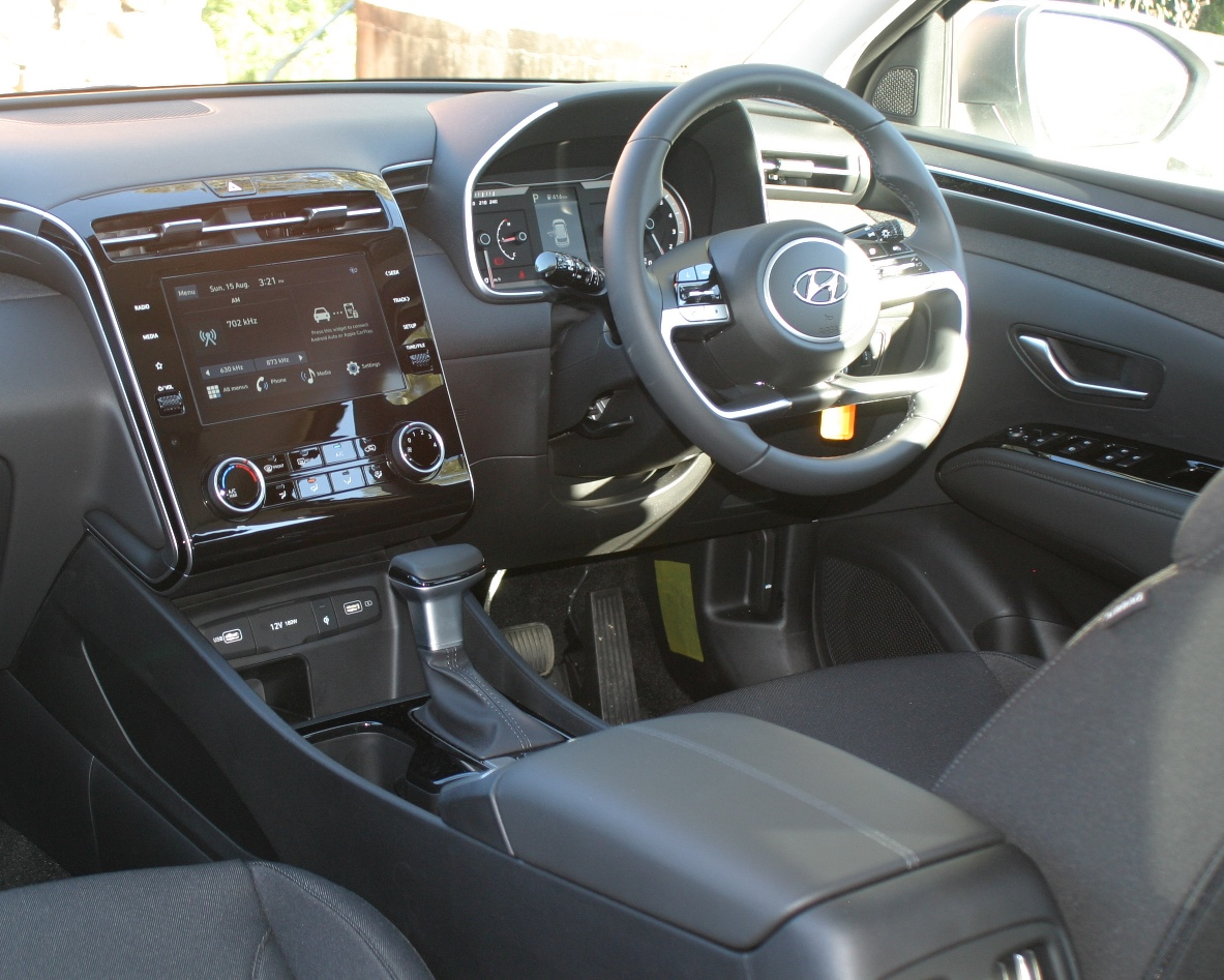 Hyundai Tucson dash