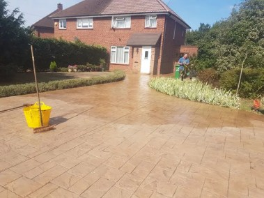 repair-reseal-patterned-concrete-slough