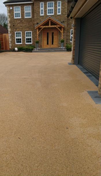 resin gravel driveway