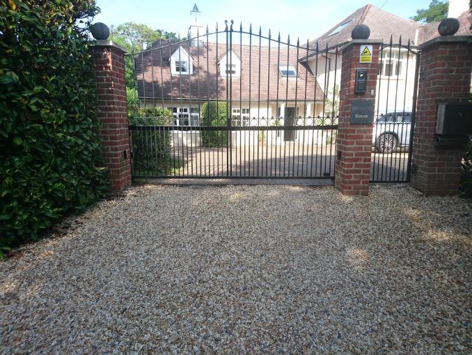 beautiful gravel driveway