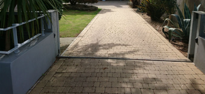 block paving driveways modern styled home
