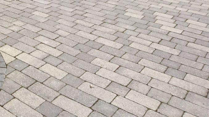 marshalls-block-paving-VS Tobermore-Block-Paving