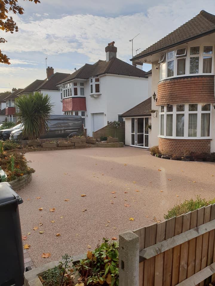 Resin Bound Surfacing Specialist Epsom Surrey Complete resin driveway Installation