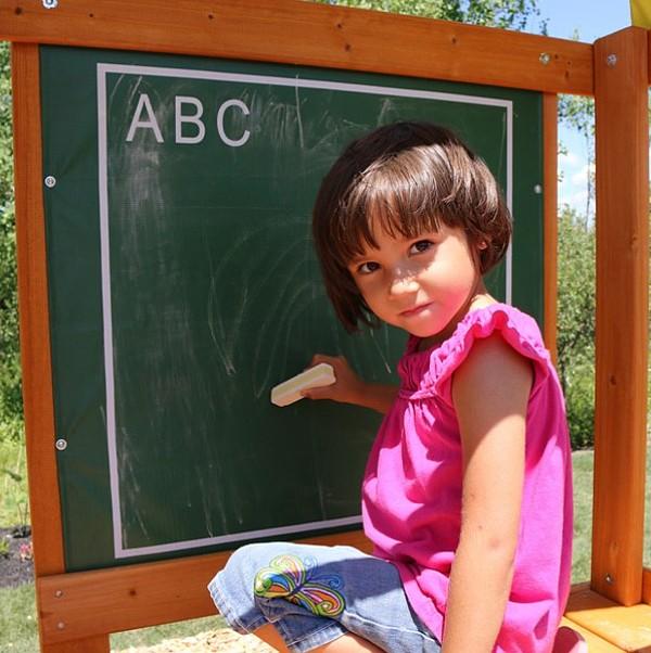 Kidkraft Ainsley Climbing Frame blackboard