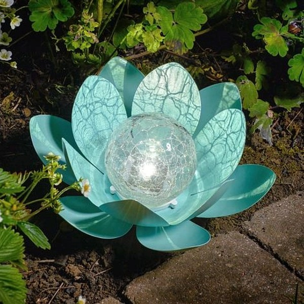Auraglow Solar Powered Garden Metal & Glass garden lamp