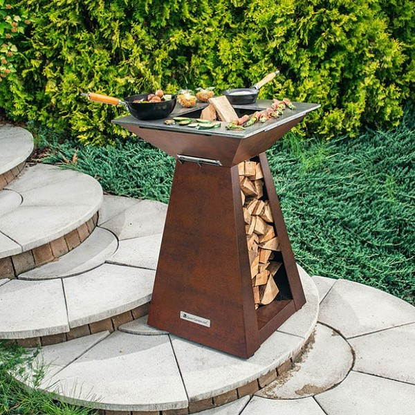 Quan Quadro Small Wood Fired BBQ fire pit Corten