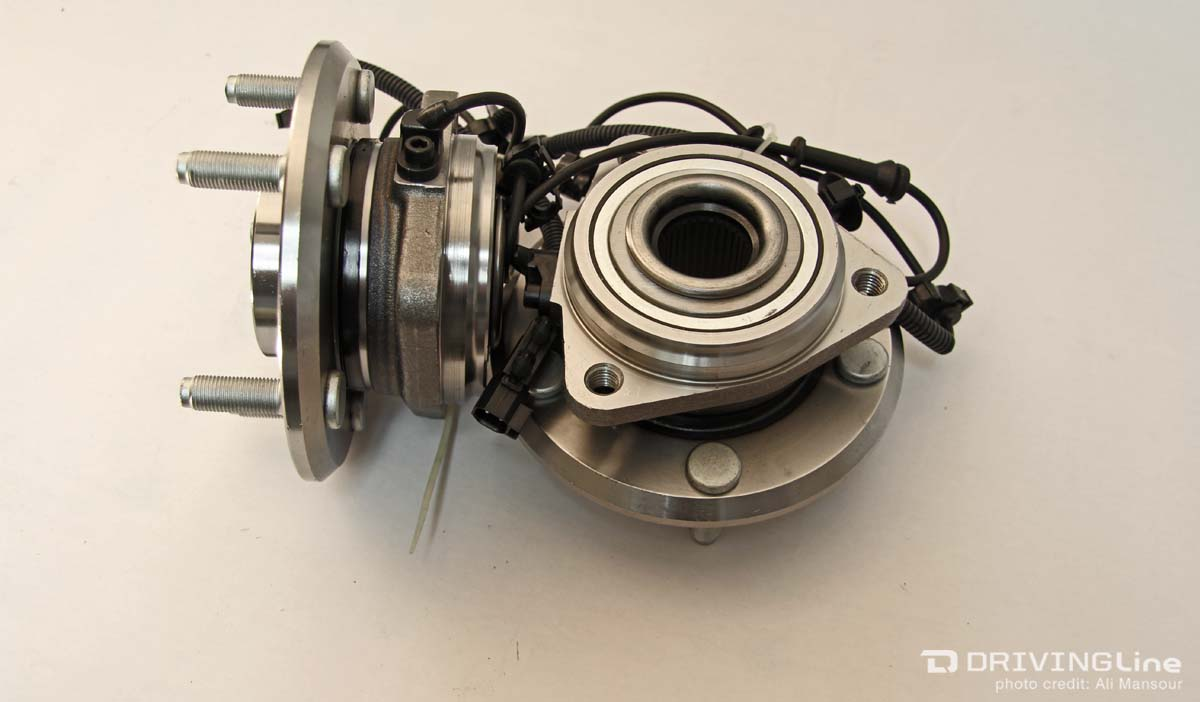 hight resolution of the captured bearing on the jk unit bearing doesn t require the axleshaft and flange nut to be secured to the hub for you to drive down the road