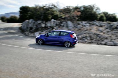 ford-fiesta-st-launch-2013-18