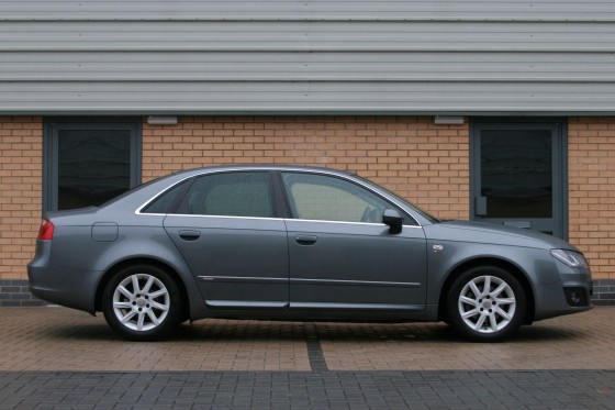 SEAT Exeo Review (2013)