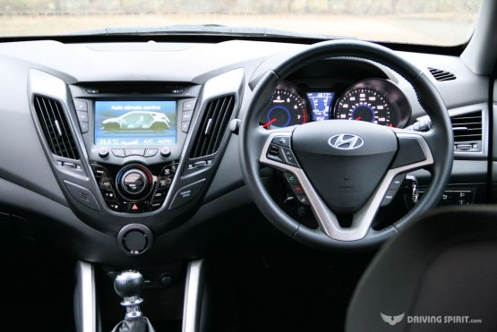 Hyundai Veloster Turbo Dashboard