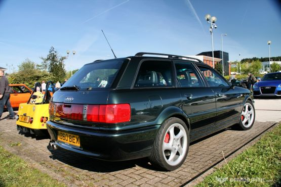 Car Cafe - Audi RS2