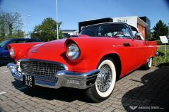 Car Cafe - Ford Thunderbird