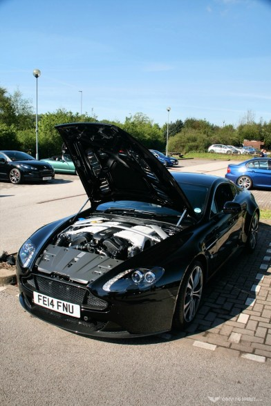 Car Cafe - Aston Martin V12 Vantage