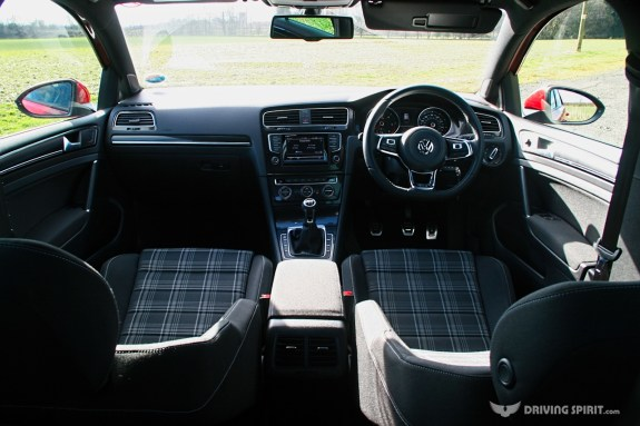 Volkswagen Golf GTD Interior (2014)