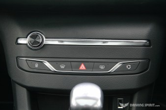 Peugeot 308 Feline Centre Console